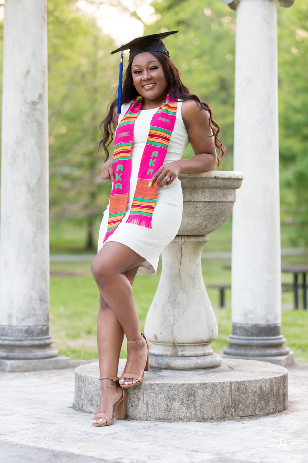 Kimberly Reid Graduation Session-5.jpg