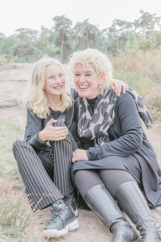 Gezinsfotografie moeder en dochter