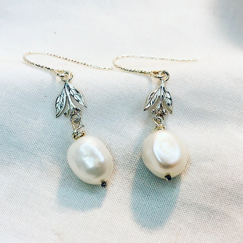 Silver holly and pearl earrings. Winter berry, snow, dangle earrings.