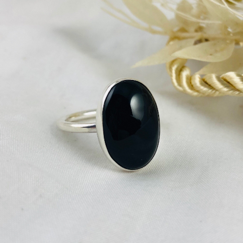 Large Oval Onyx Silver Ring, heavy band ring. Statement. Large stone ring
