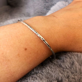 hammered bangle.jpg