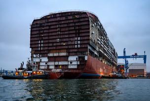 ausdocken MV Werften