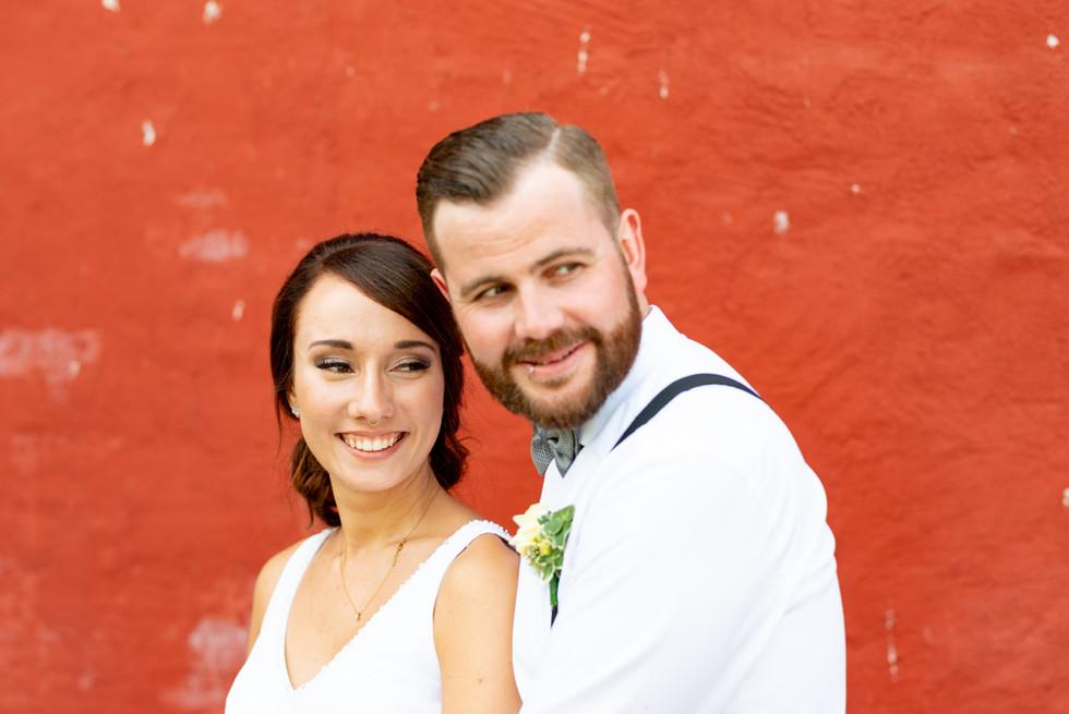 Brautpaar während Hochzeitsshooting