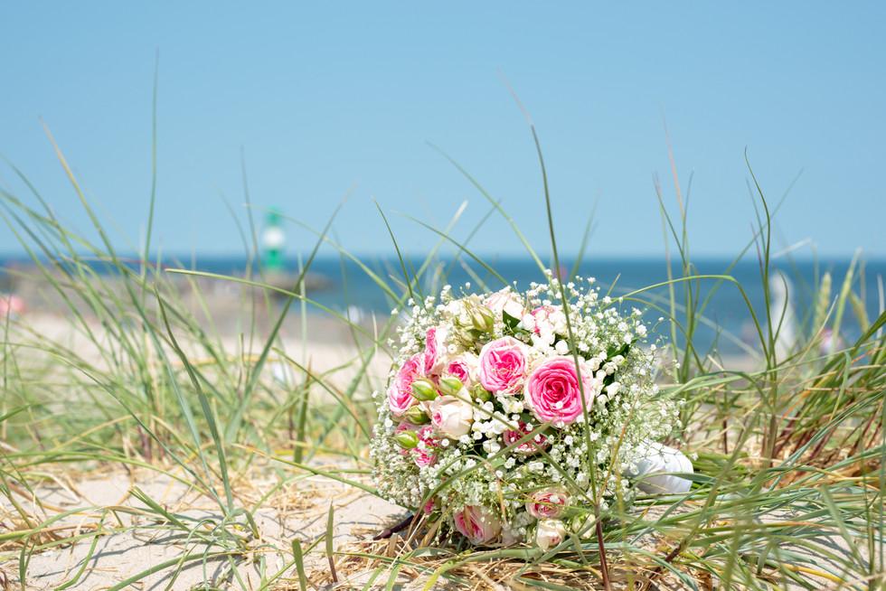 Brautstrauß in den Dünen