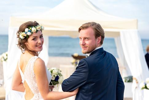 Brautpaar-am-strand