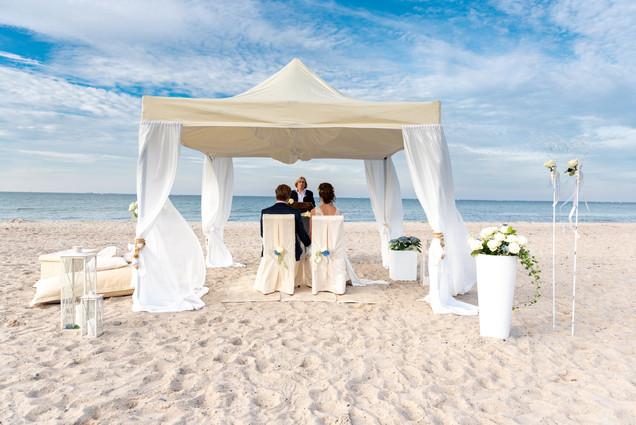 Hochzeit-am-Strand-freie-Trauung