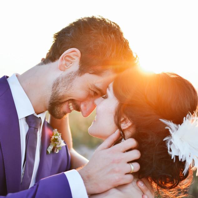 Strahlendes Brautpaar in Warnemünde