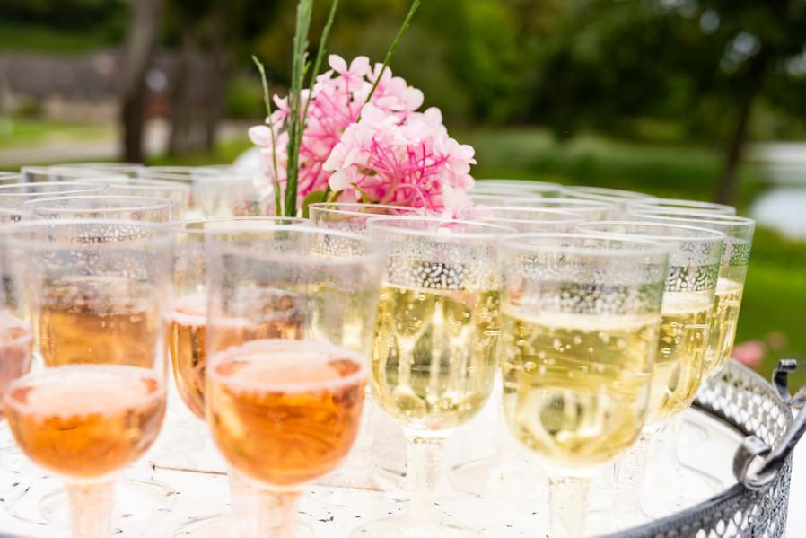 Hochzeitsparty Anstoßen Getränke