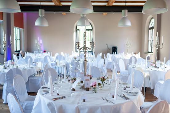Hochzeitstische Gäste