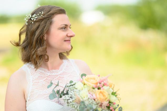 Braut bei ihrer Hochzeit