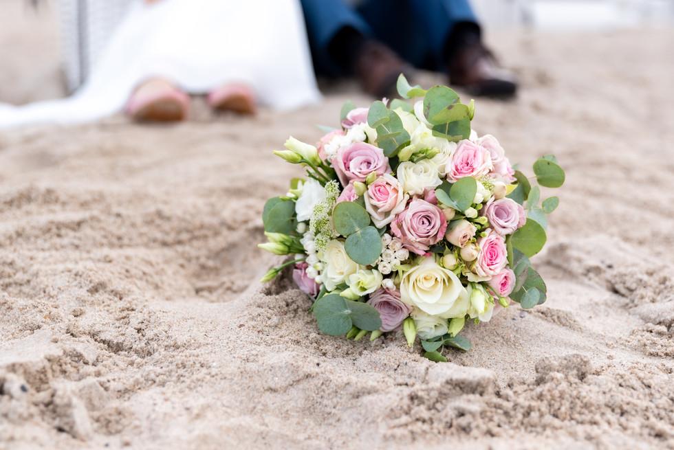 Brautstrauß am Strand Warnemünde