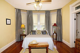 kathryn room.jpg