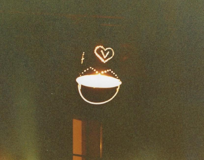 Bucket porch lights