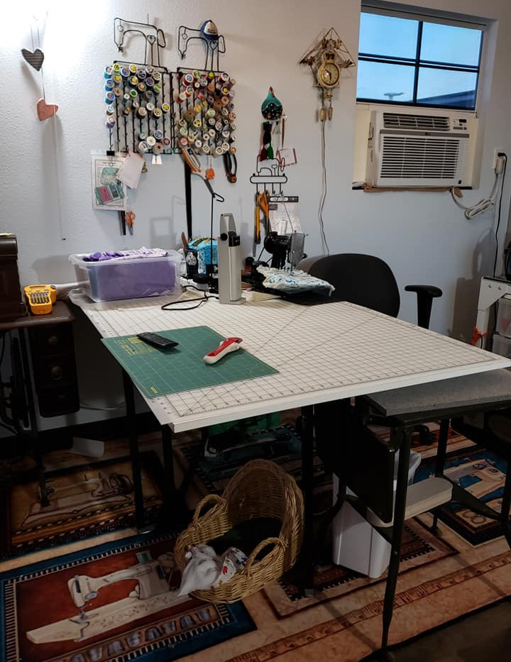Room for Large Cutting Table