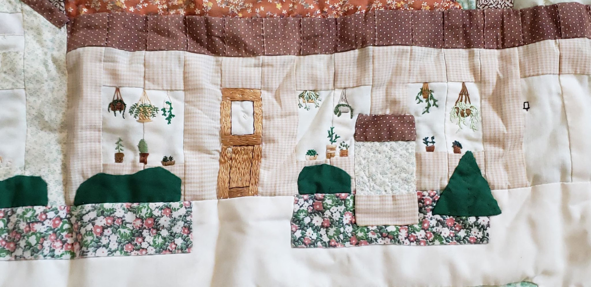 Detail on center of Jean's first king-sized quilt