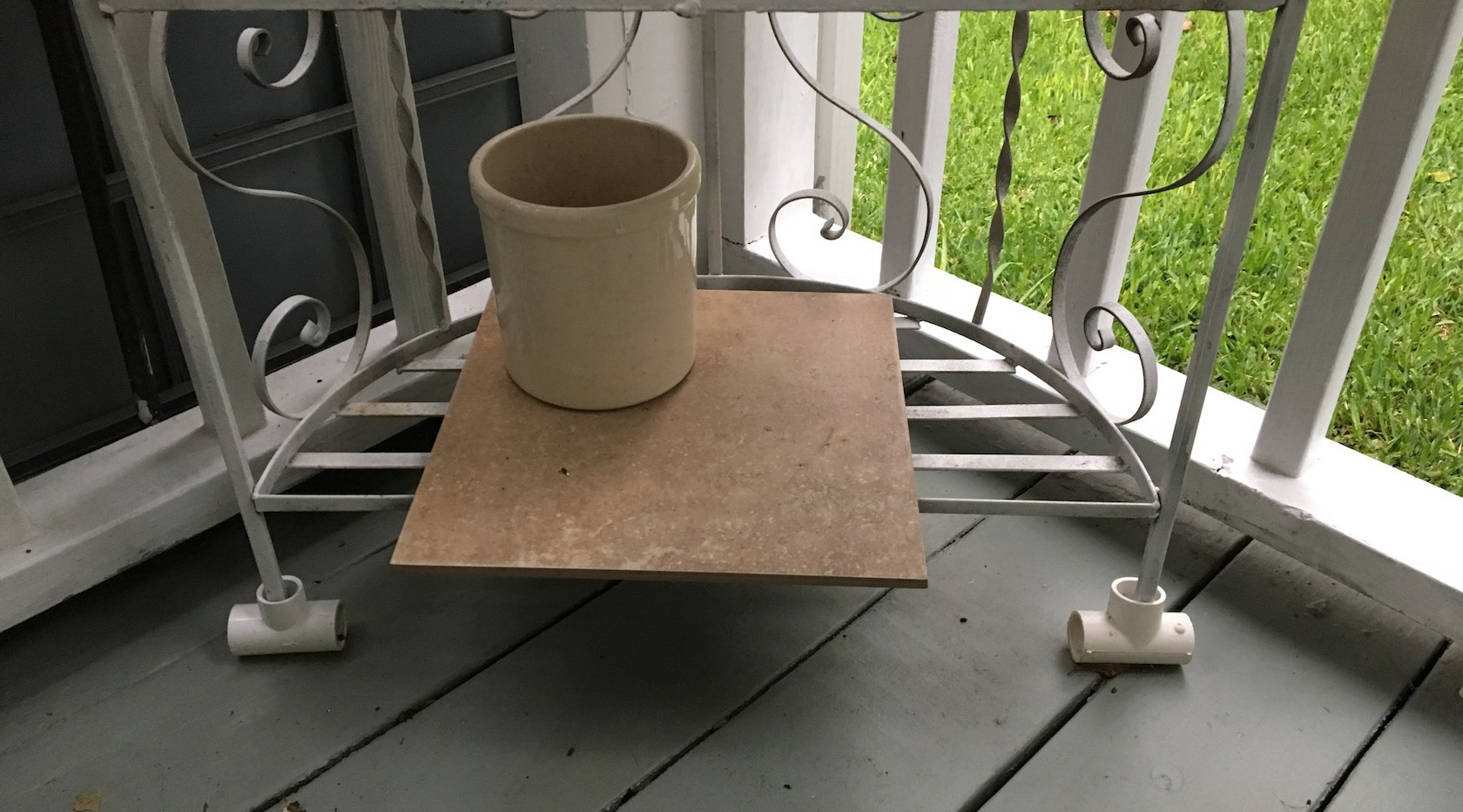 PVC T-socket furniture coasters