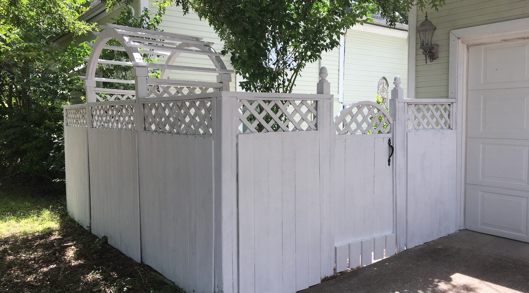 White fence finished outside