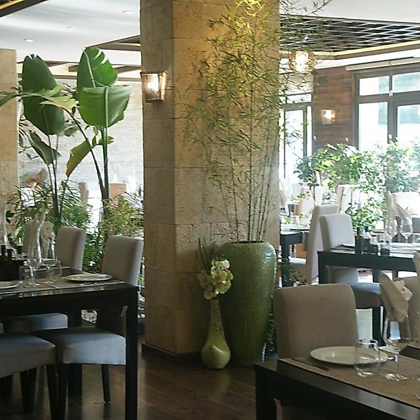 LiliRestaurant.JPG