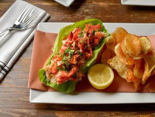 Must-eat lobster rolls on Long Island