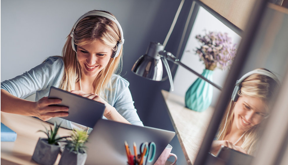 young-woman-working-from-home-office-pic