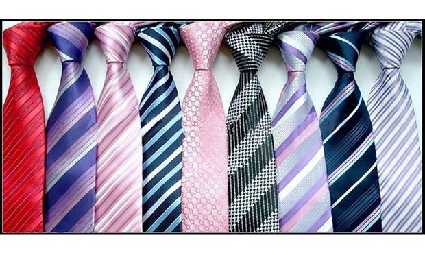 現代的領呔、寬領呔