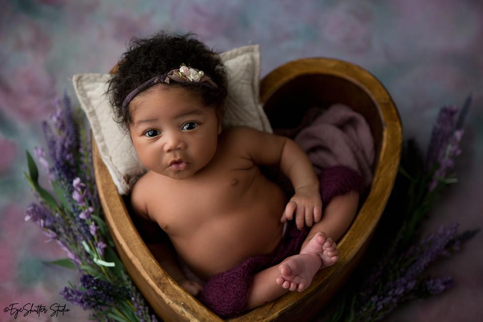 Eyvonda-Newborn-_7.jpg