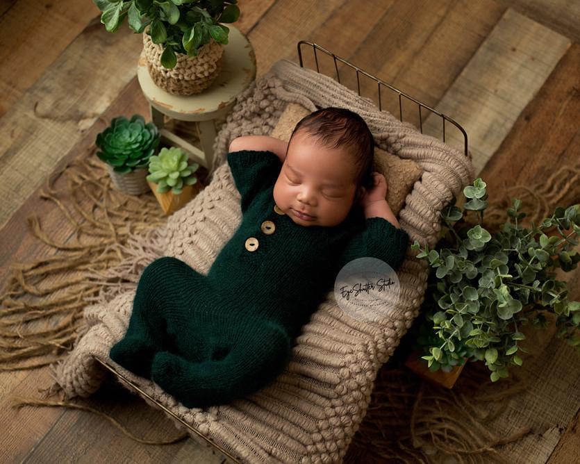 Aida-Newborn-Mini_34.jpg