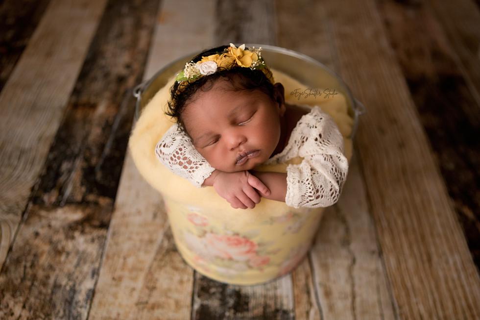 Nikki-Newborn-_9.jpg