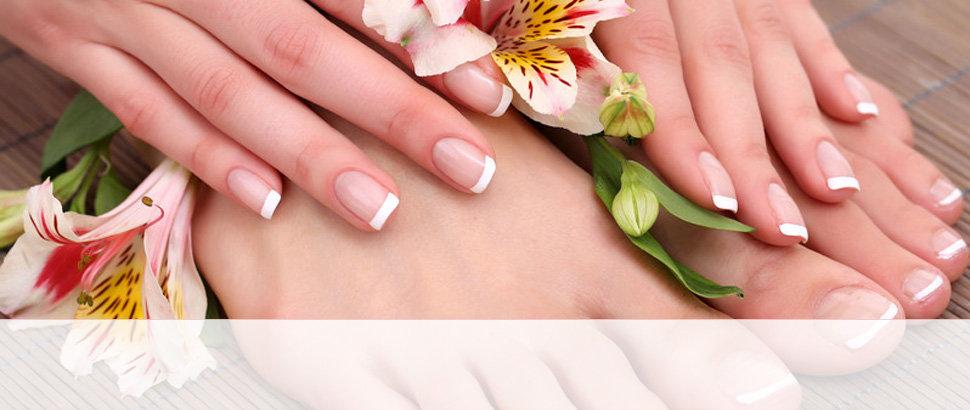 Classic manicure & pedicure