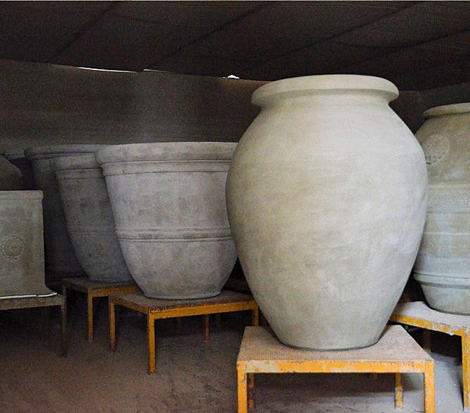 Drying Terracotta Vessels