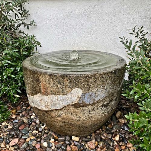 Antique Granite Bowl Fountain