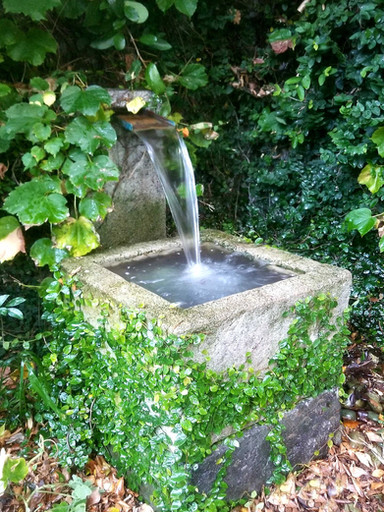 Small Plinth Waterfall