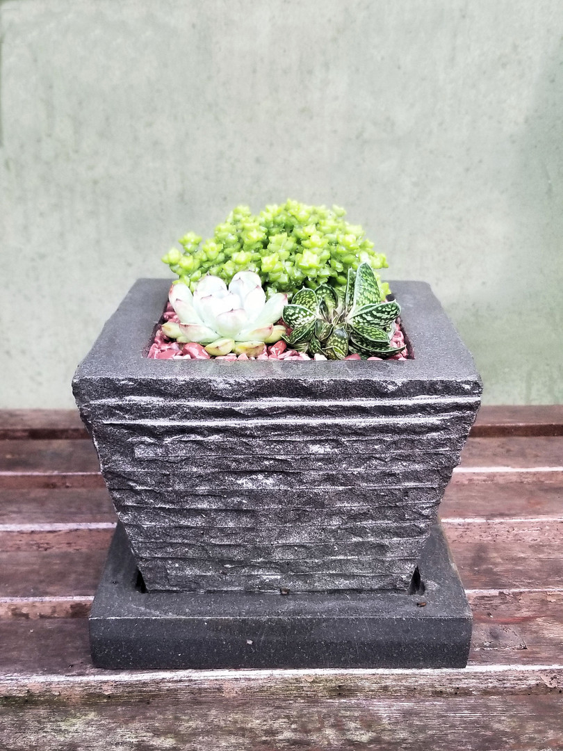 Ribbed Square Sloped Planter