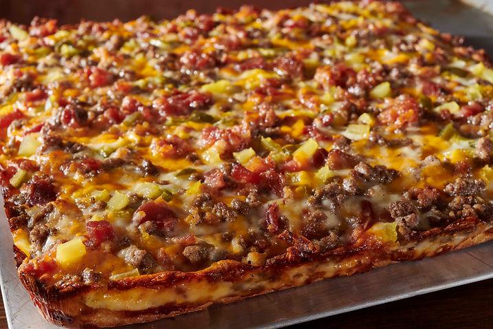 CheeseBurger Pizza-056.jpg