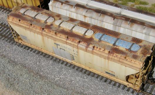 6 Weathered Atlas hopper rusty roof Terence Boardman.JPG