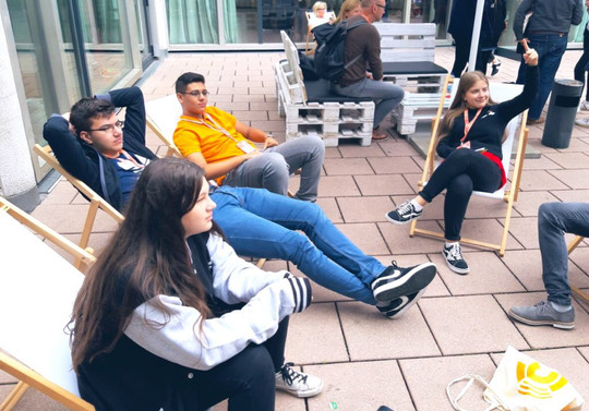 Schülerexpert*innen auf der Konferenz Bildung Digitalisierung in Berlin