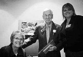 2014 Lifetime Achievement Award winner, Llew Tietz with Robyn Turtenwald and Darci Middaugh