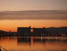 築港臨海公園の夕空 Chikko Seaside park at dusk