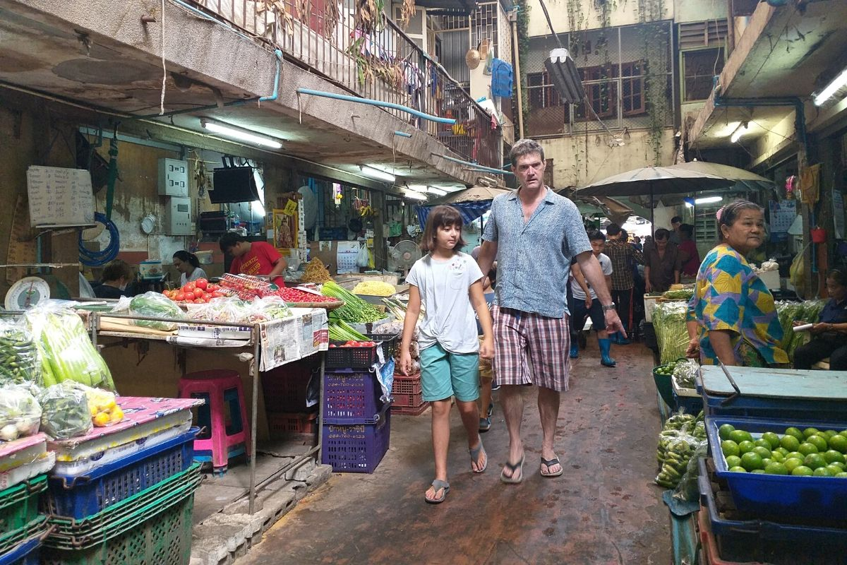 fun-familiy-cooking-market-tour