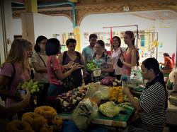 Bangkok-flower-market-tour (3).jpg