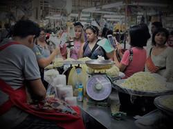 Bangkok-flower-market-tour (4).jpg