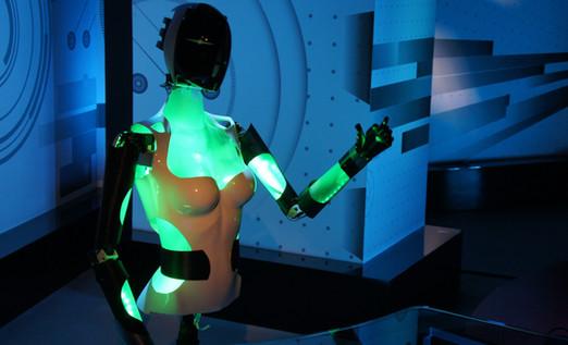Anuva_Presentadora_RobotHumanoide.JPG-mi