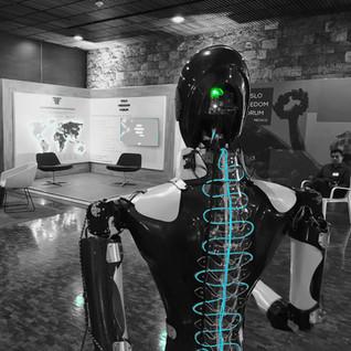 Robot_Centurion_presentador.JPG-min.jpg