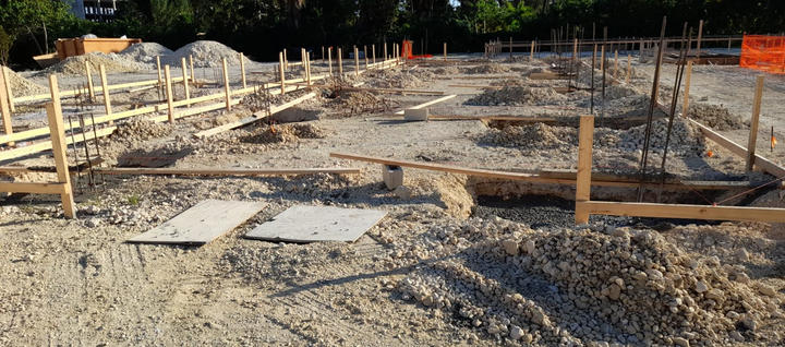 Next step, pouring concrete to foundation of 3'x 3' pilaster filled with concrete and 50% Cayman split rock. . . . #RobsonConstruction #WellnessGarden #CaymanIslands#SevenMileBeach #CaymanContractor #ConstructionLife #Concrete #Foundation