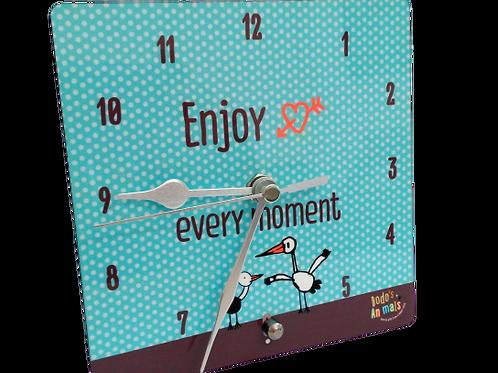 Enjoy every moment -  שעון שולחני