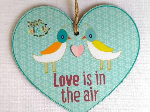 תליון לב - Love is in the air