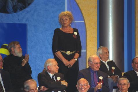 כלת פרס ישראל לשנת 2000 קרדיט עמוס בן גר