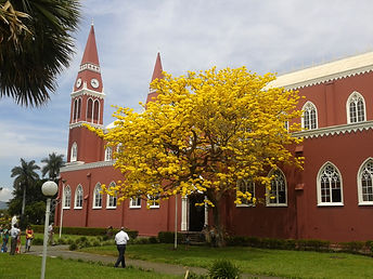 Grecia is noted for its unique church, Iglesia de la Nuestra Señora de las Mercedes