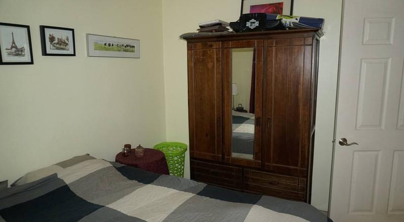 guest-bedroom-pho2.jpg