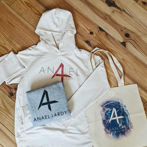 Anael-Lardy-sweats-AL4-WEB.jpg
